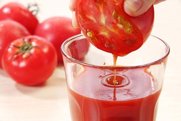 О пользе томатного сока для беременных